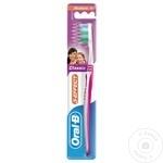 Зубная щетка Oral-B 3 Effect средней жесткости