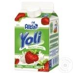 Йогурт Yoli с клубникой 500г
